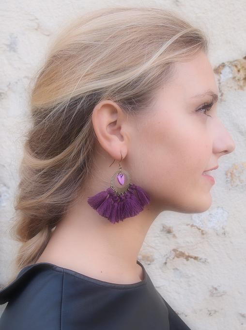 image boucles d'oreille chandelier pompons